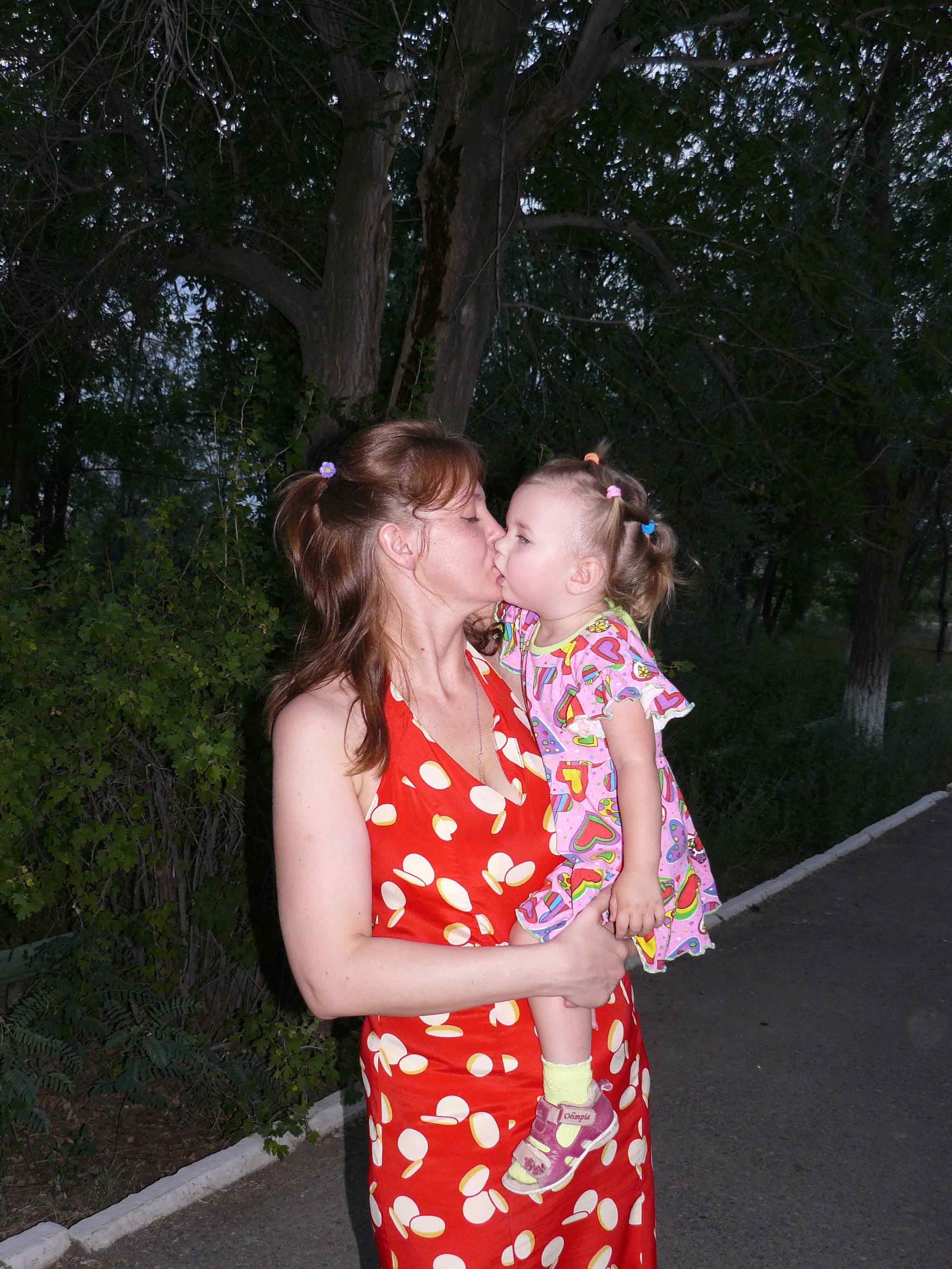 Поцелуи члена с 21 фотография